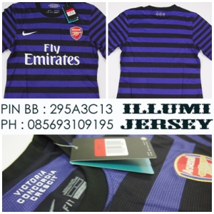 1_Arsenal Away Man 12-13 Grade Ori