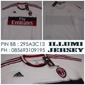 2_AC Milan Away Man 2012-13 Grade Ori