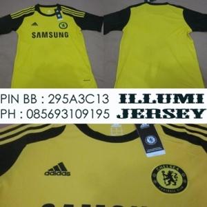 3_Chelsea Kiper Man 2013-14 Grade Ori